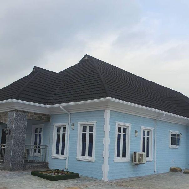 Bimbo Afolayan Buys Parents A Mansion As Sallah Gift (5)