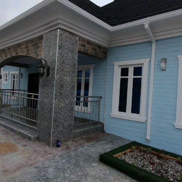 Bimbo Afolayan Buys Parents A Mansion As Sallah Gift (3)