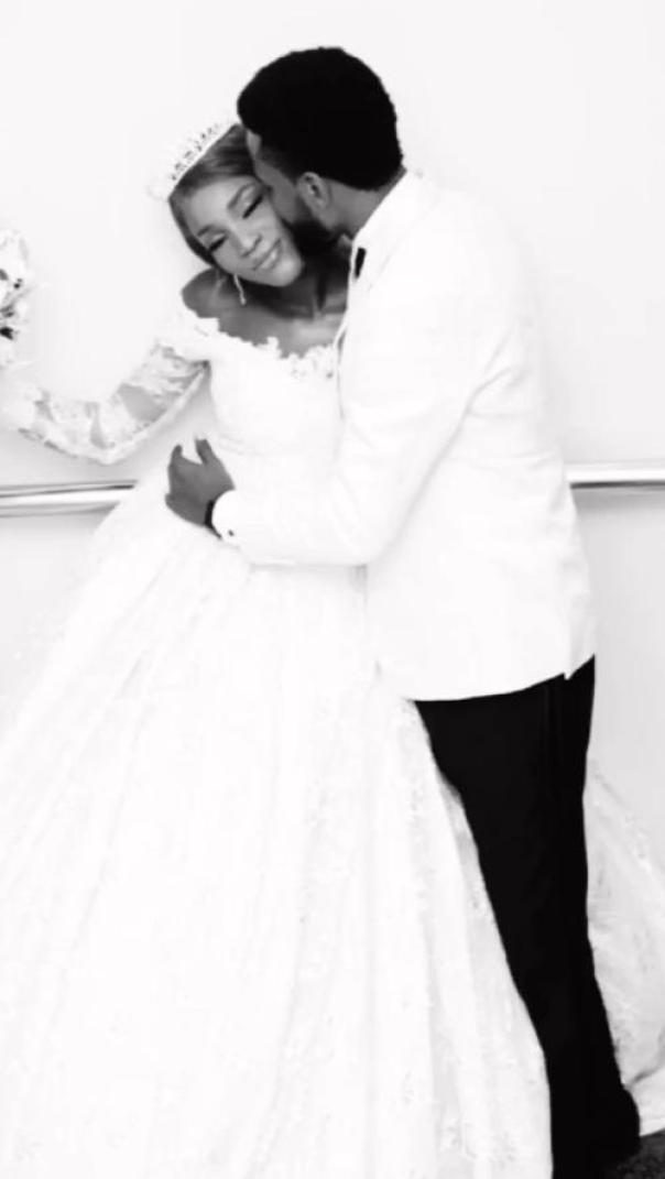 Bukunmi Oluwasina Married (3) Amebo Book