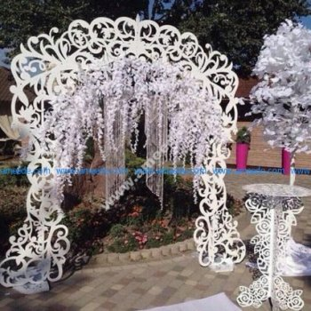 DIY Wedding Arch with Table Decor