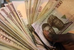 Naira crashes in value, dollar sells for N420