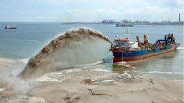 Lagos Taskforce Invades Banana Island, Arrest Members of Federal Government Licensed Dredgers