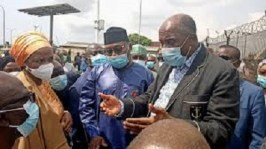 Amaechi Leads Bello & Usman Inspects Tin Can Access Road To Avert Port Congestion