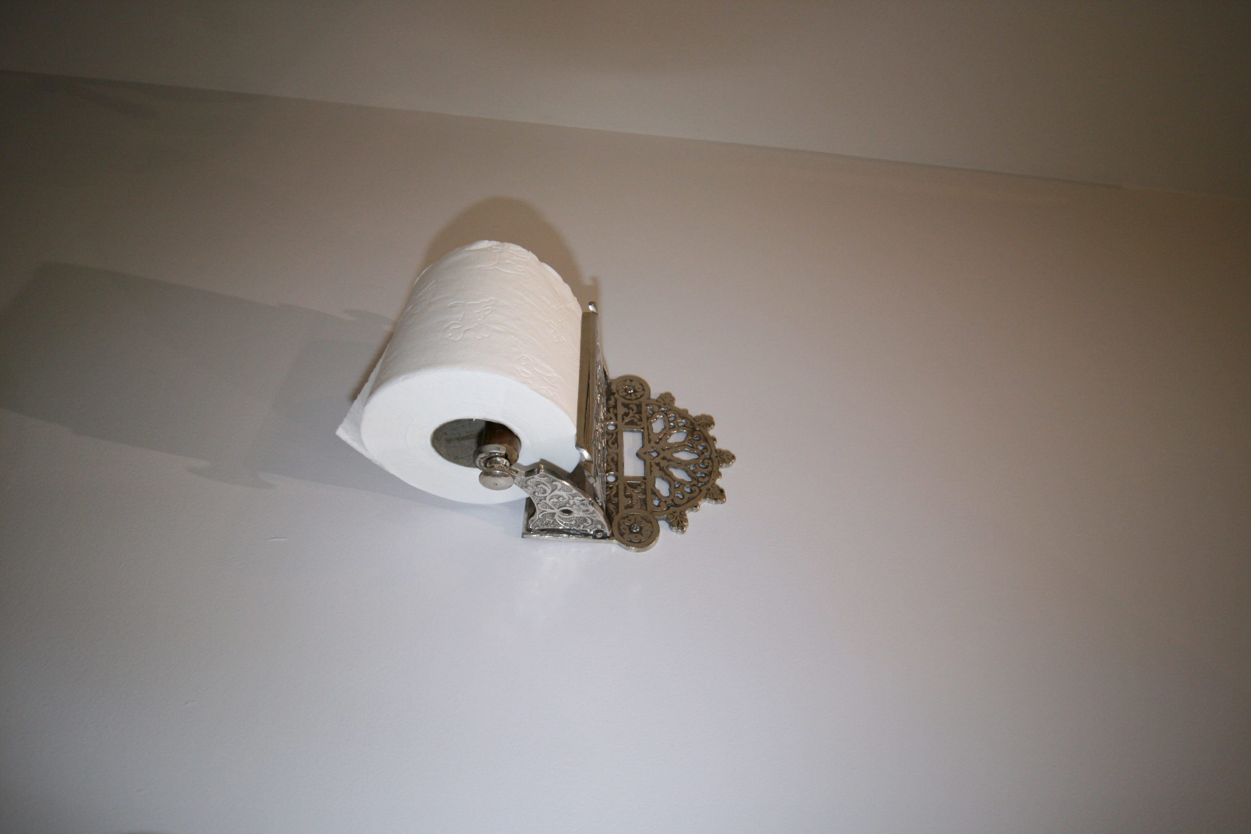 Bathroom - Reproduction Victorian style toilet roll holder
