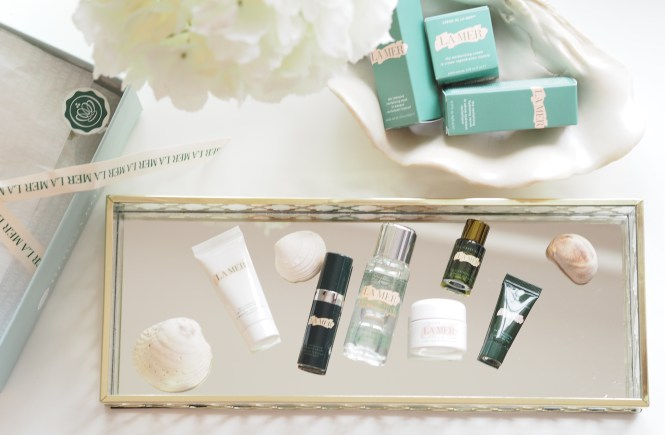La Mer Glossybox contents on mirror tray