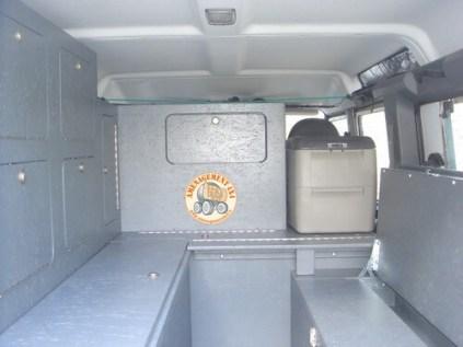 intérieur version grand raid 2 colonnes et 2 rangements haut, frigo 35l