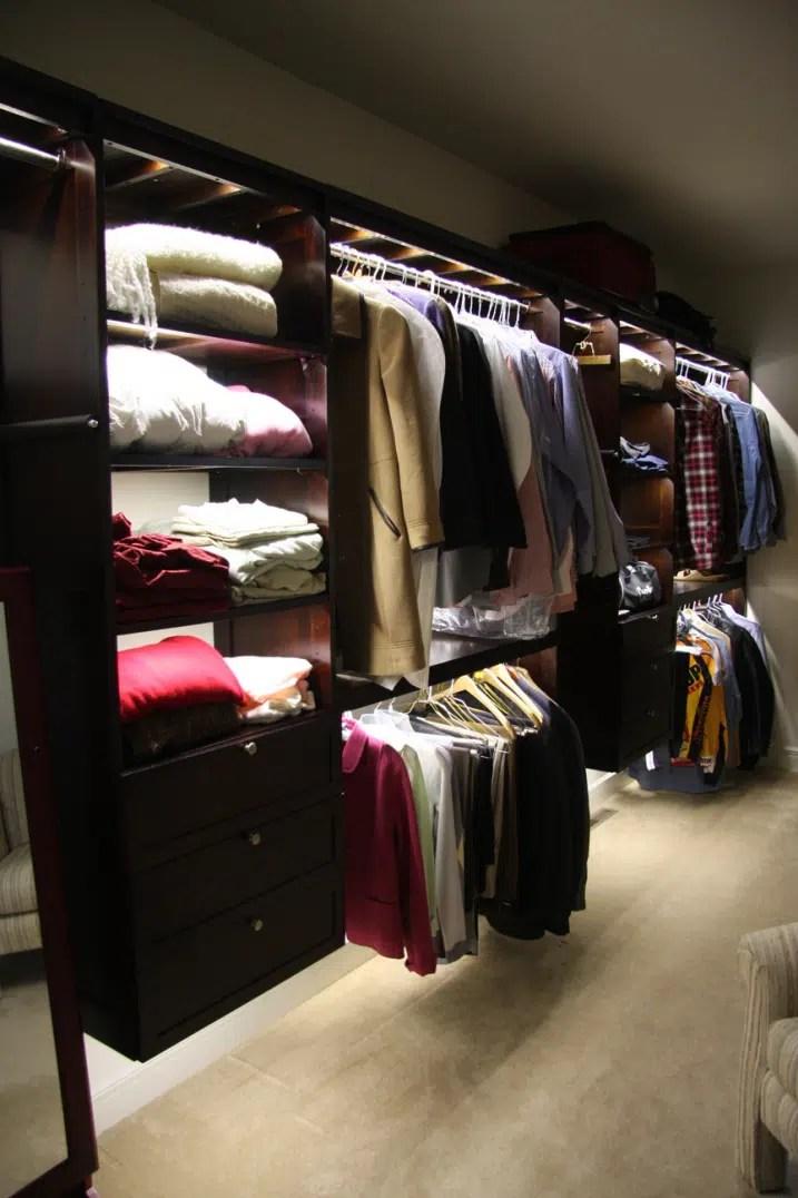 Corner Closet Design Ideas