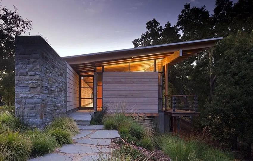 Superbe maison contemporaine en bois et en pierres