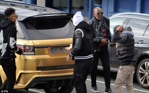 Pierre Aubameyang was spotted on his way to London a few days back [www.AmenRadio.net]