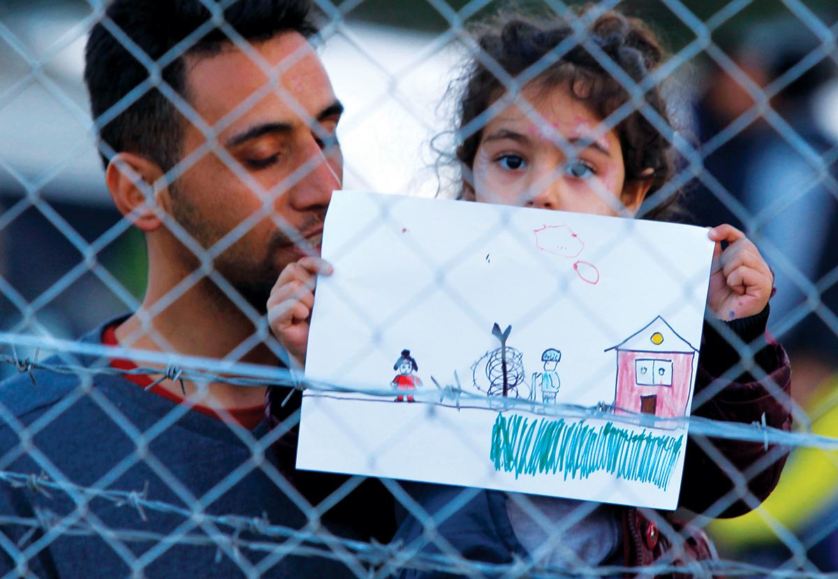 refugee girl ile ilgili görsel sonucu