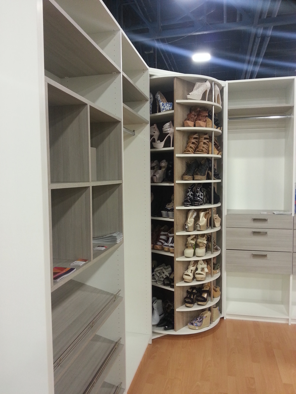 American Closet Signature Closet Designs