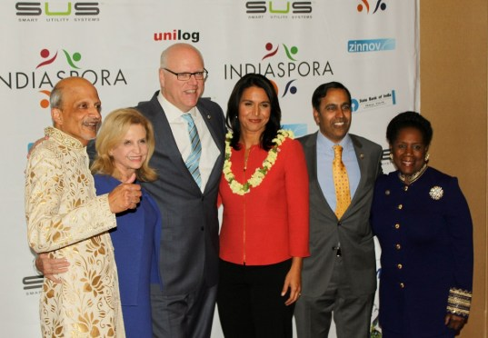 From left to right: Indiaspora founder M.R. Rangaswami with Rep. Carolyn Maloney (D-NY), Rep. Joseph Crowley (D-NY), Rep. Tulsi Gabbard (D-HI), Rep. Raja Krishnamoorthi (D-IL), and Rep. Sheila Jackson Lee (D-NY), at the Indiaspora gala held at Marriott Marquis in Washington, DC, on January 3, 2017. Photo credit: The American Bazaar