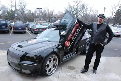 https://i0.wp.com/www.americanbluesscene.com/wp-content/uploads/2011/04/dr_dan_with_car.jpg