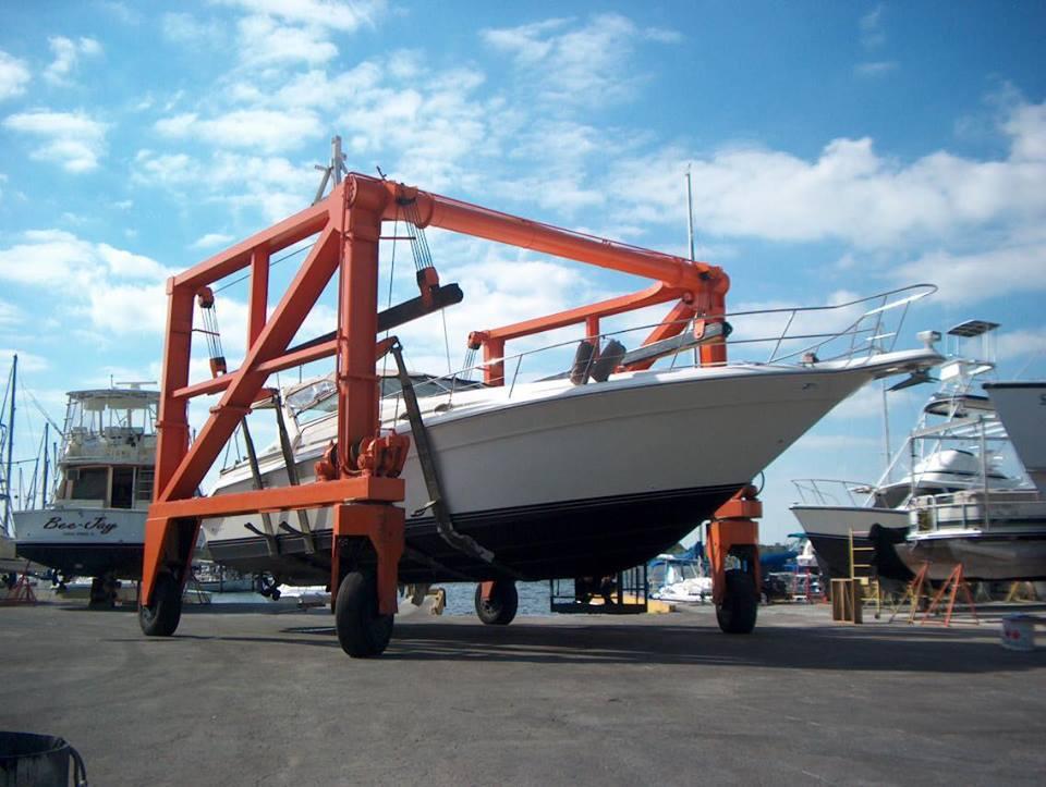 Fiberglass Body Shop for Yachts - Marina - Fiberglass Repair Clearwater - Fiberglass Boat Repair Clearwater - Gelcoat Repair Clearwater - Fiberglass Repair Clearwater - Fiberglass Boat Repair Near Me, Boat Repair Clearwater - Florida