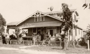 Giunta Family in front of their Ybor City farmhouse in 1949