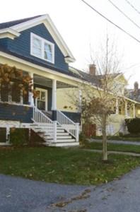 The Neighborhood Spirit of Simplicity