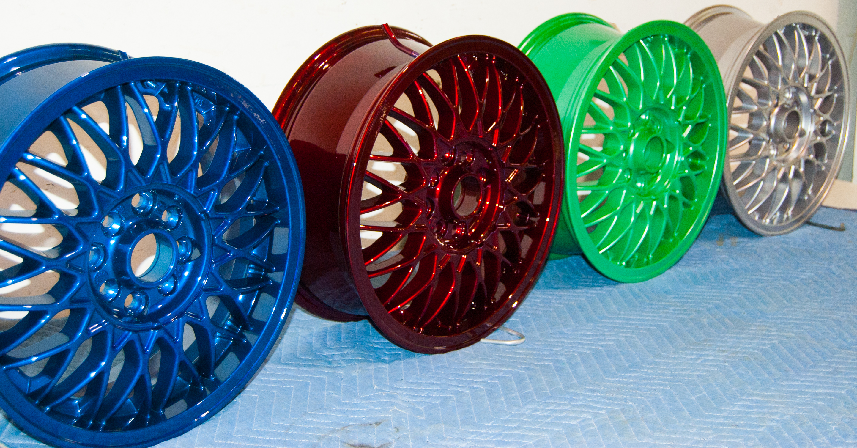 Wheels powder coating Prismatic lollipop red - Xtreme Temperature coatings CT