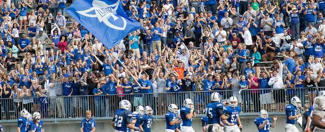 Luther College football2