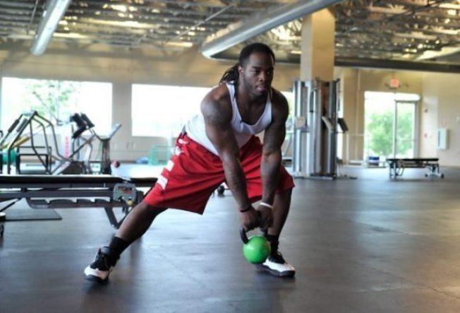 USA Football - 15 exercises - kettlebell lunge