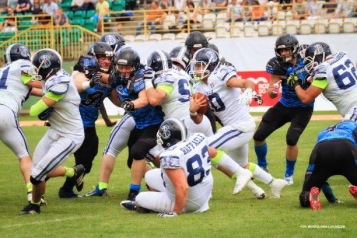 IFAF Europe - 2016 Champions League - Panthers-Seamen - Garrett Safron - Mirka Lukaszek photo.2