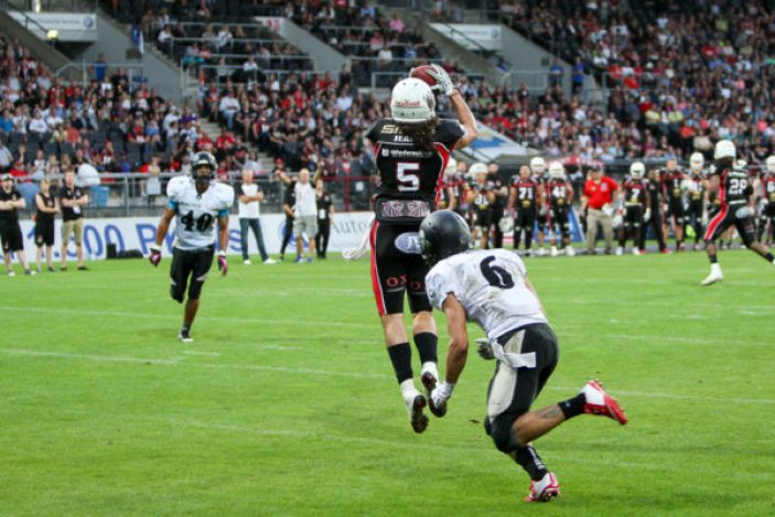 03.09.2016, New Yorker Lions - Berlin Rebels, #5 Evan Landi, Touchdown, (c) Karsten Reißner