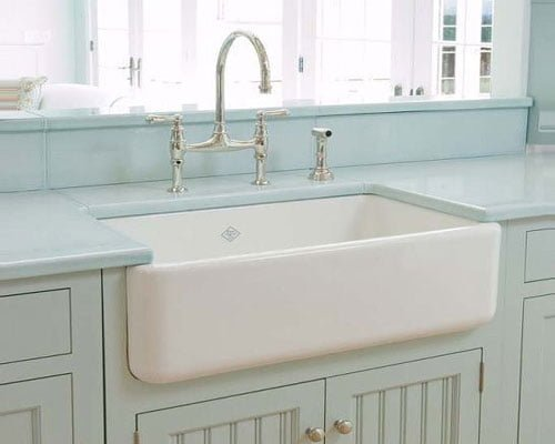 Porcelain farmhouse sink