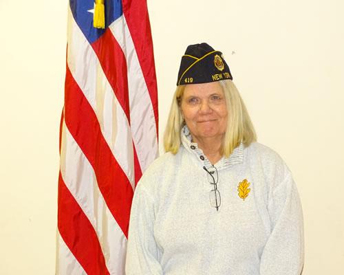 Nora Conahey, Adjutant