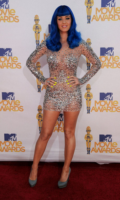 Katy Perry Hot Style Pictures: MTV Movie Awards 2010 Red Carpet Photos and Pics