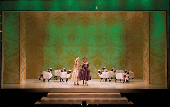 """Marin Ireland and Hannah Cabell in """"Marie Antoinette"""" at Yale Repertory Theatre. (Photo by T. Charles Erickson)"""