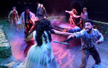 """""""Dracula,"""" adapted by John L. Balderston and Hamilton Deane from Bram Stoker, at Kentucky's Actors Theatre of Louisville in 2018. (Photo by Jonathan Roberts)"""