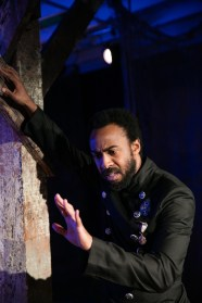 """""""Othello"""" by Shakespeare, at Independent Shakespeare Co. in Los Angeles, through May 7. Pictured: Evan Lewis Smith. (Photo by Grettel Cortes)"""
