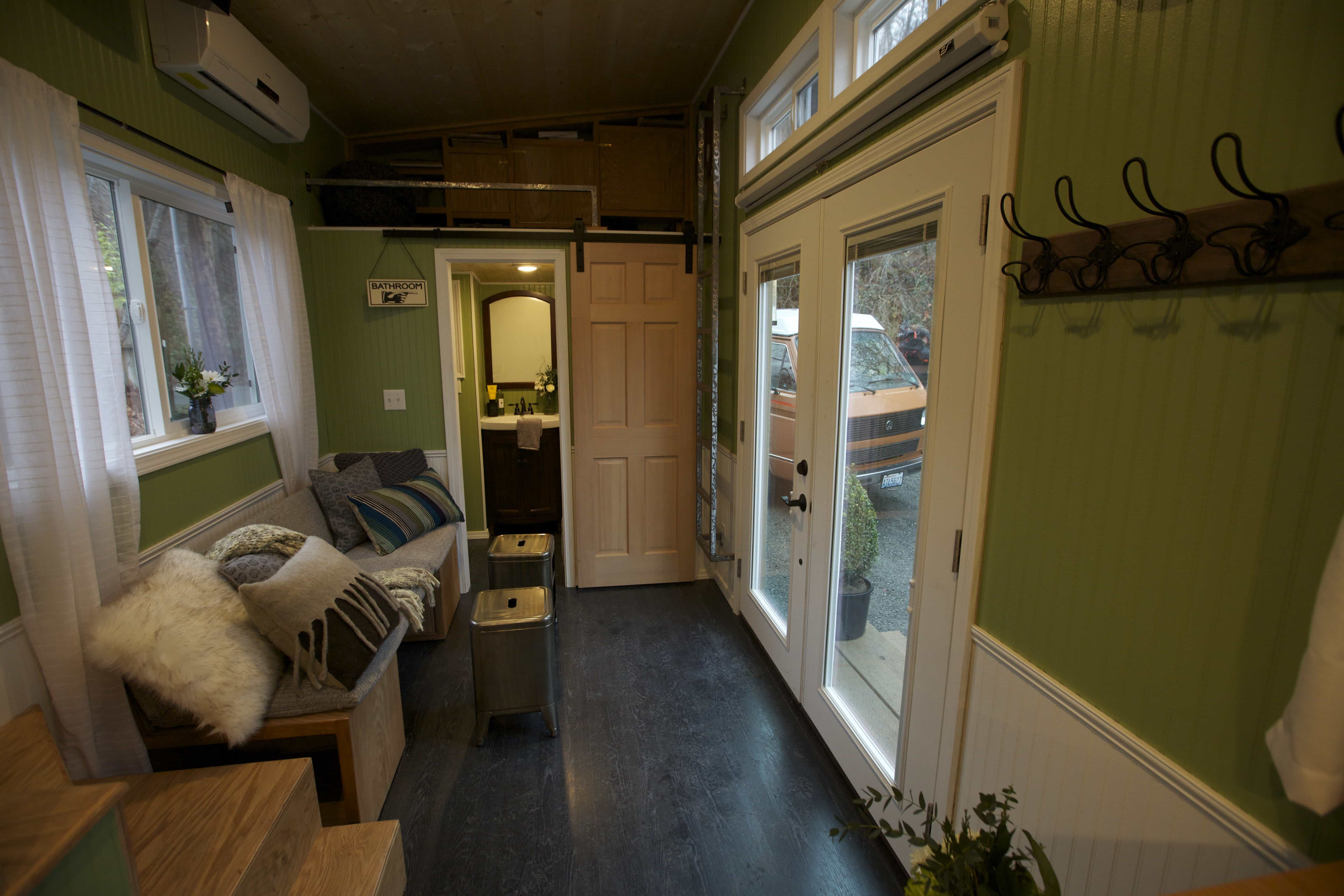 American-Tiny-House-everett-interior-living