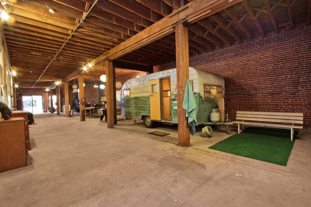 unique california airbnbs