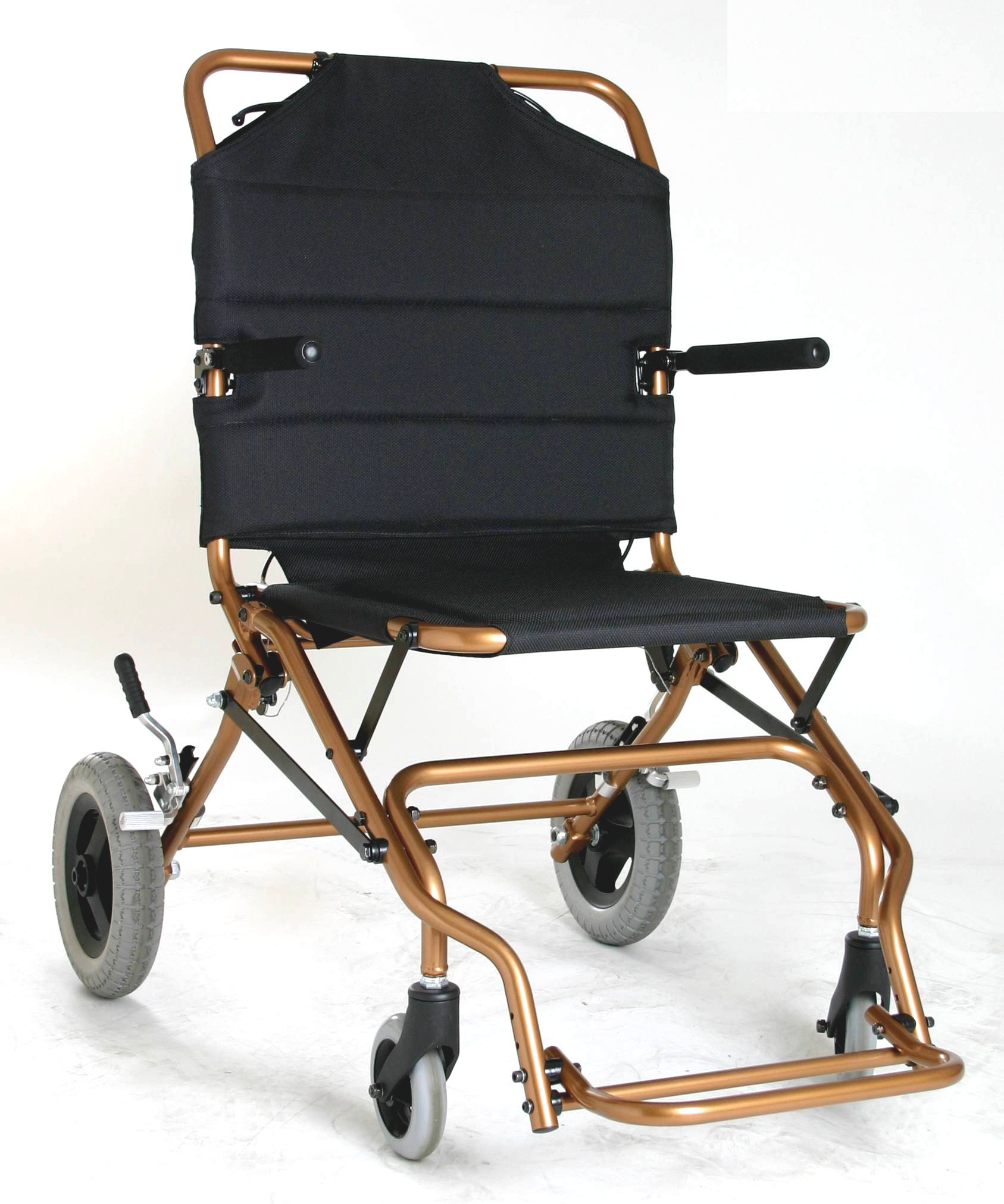 ultra lightweight folding chair eezy revolving light transport