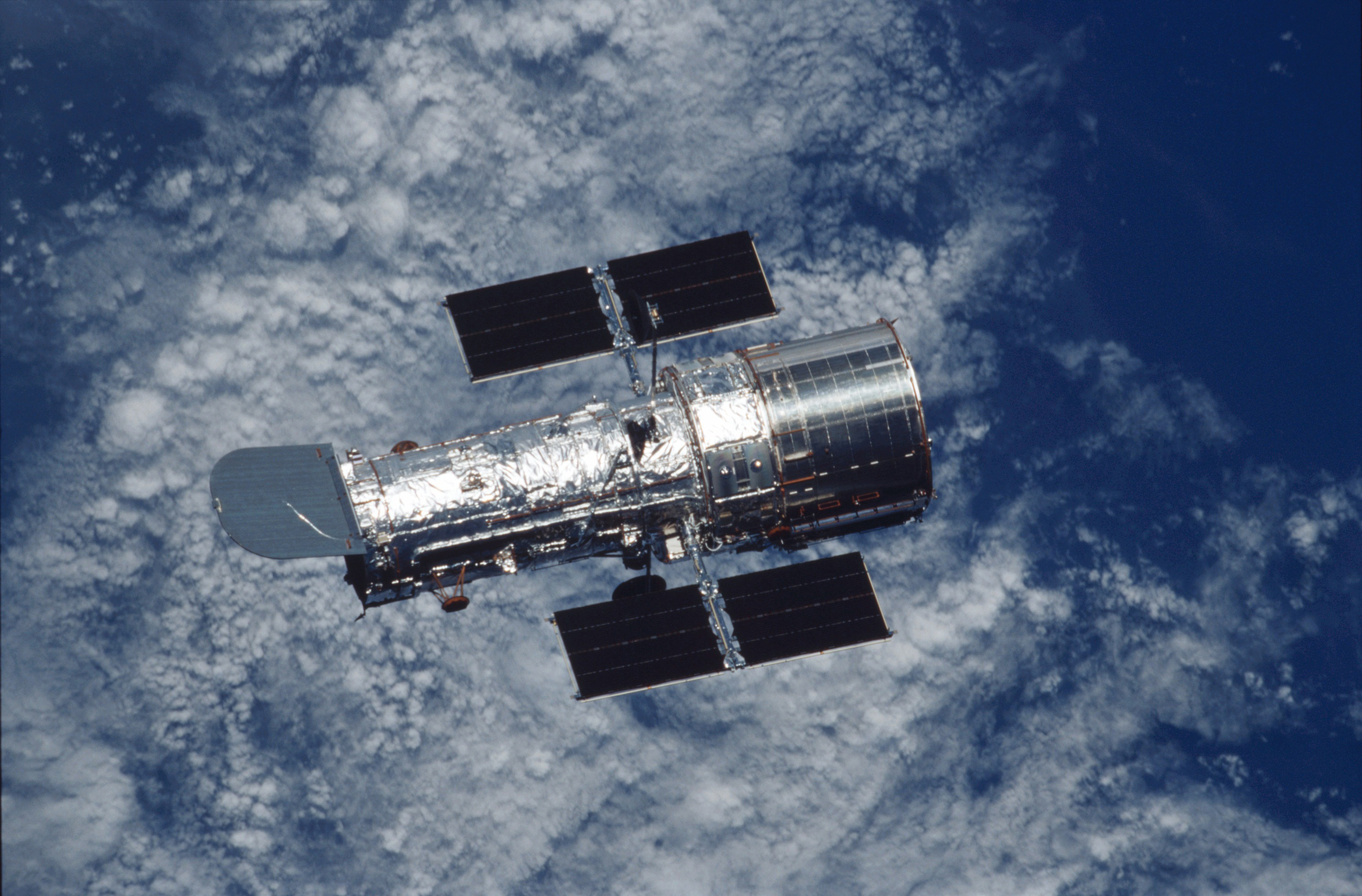 In Their Own Words Astronauts On 25 Years Of Hubble Part