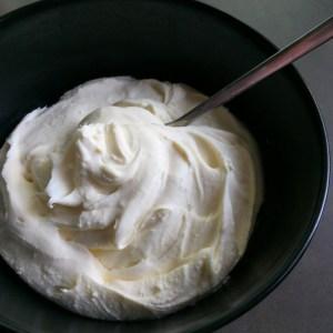Lekker veluwe mascarpone aardbeien basilicum tiramisu (1)