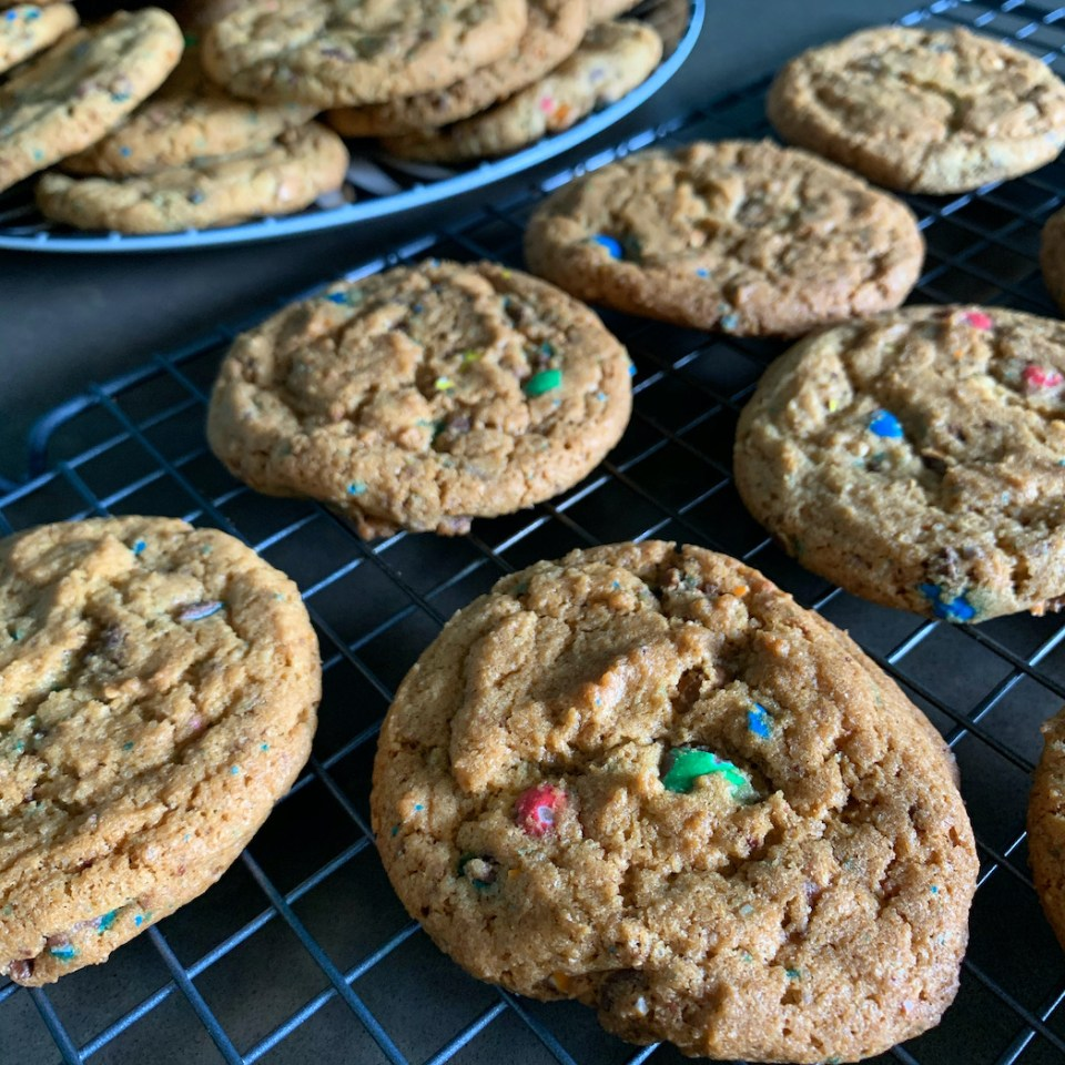 MenM chip cookies