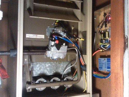 small resolution of switch passes the 24vac call for heat signal from the thermostat to open the gas valve and lights the burners to begin heating the air