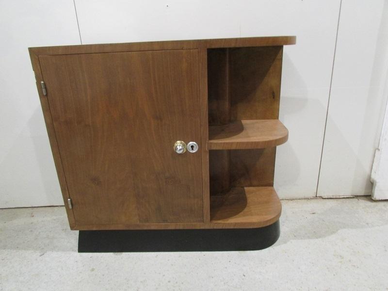 petit meuble d angle art deco vendu