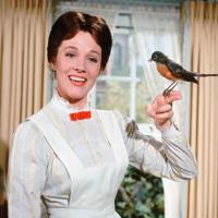 EMILY BLUNT TO STAR AS MARY POPPINS