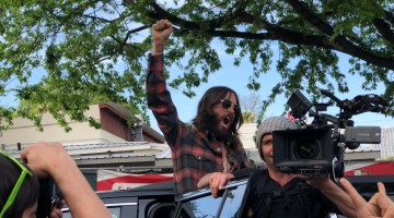 "JARED LETO Makes A Stop At Jo's Coffee House In Austin As Part of ""America"" Album Release"
