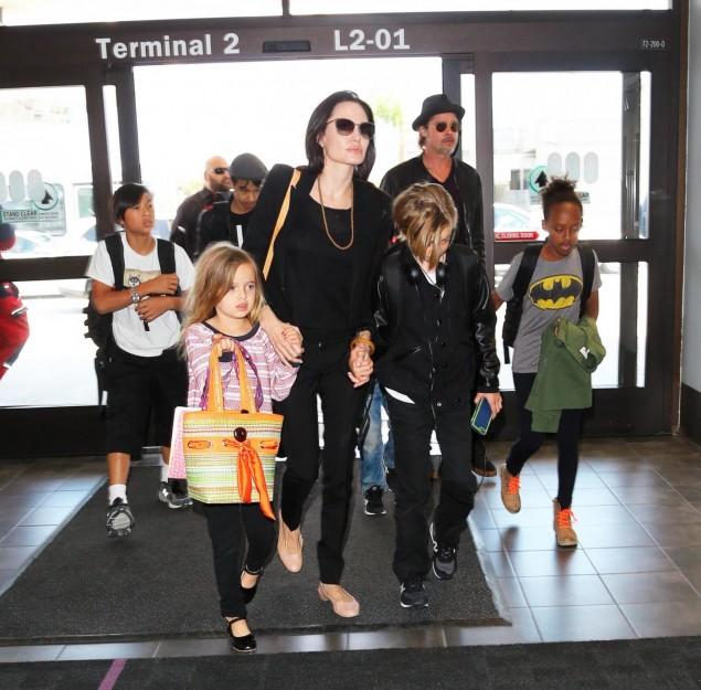 Angelina Jolie, Brad Pitt, children