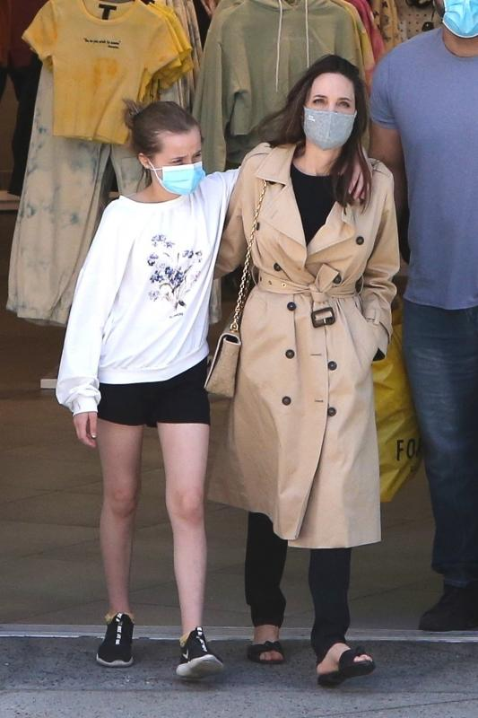 Angelina Jolie vivienne jolie Pitt daughter