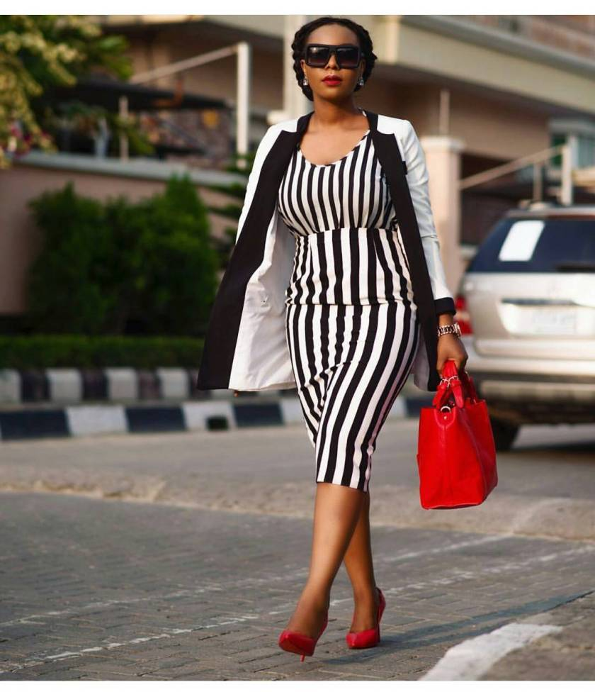 Begin Your New Week In The Latest Business Casual Attires