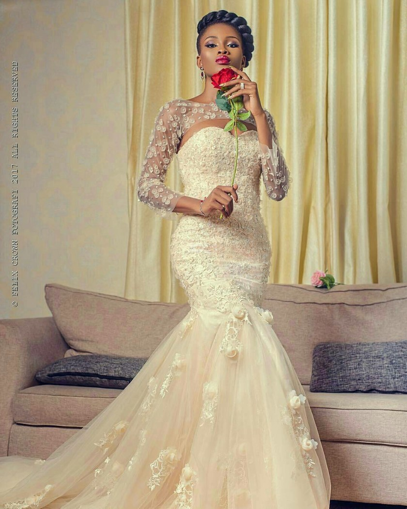 The Bride Gowns For Wedding Reception: Reception Dresses Inspiration For The Latest Brides