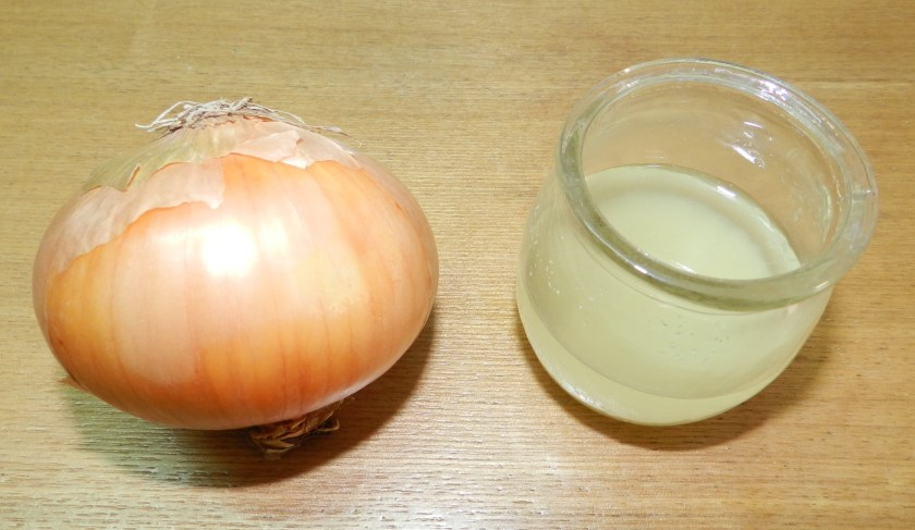How Onion Juice Can Promote Hair Growth