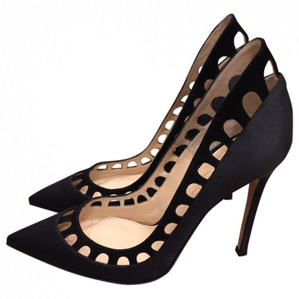 Shoegasm: Pumps, Pumps, Pump It Up!