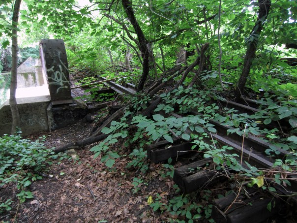 Abandoned railway, Queens NY