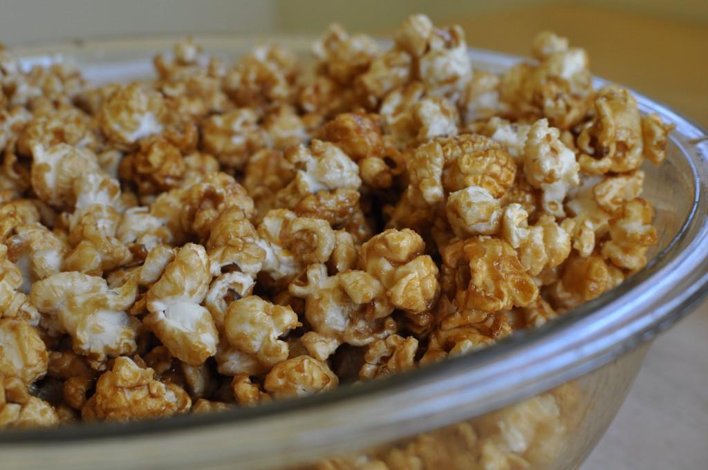 no mess microwave caramel corn
