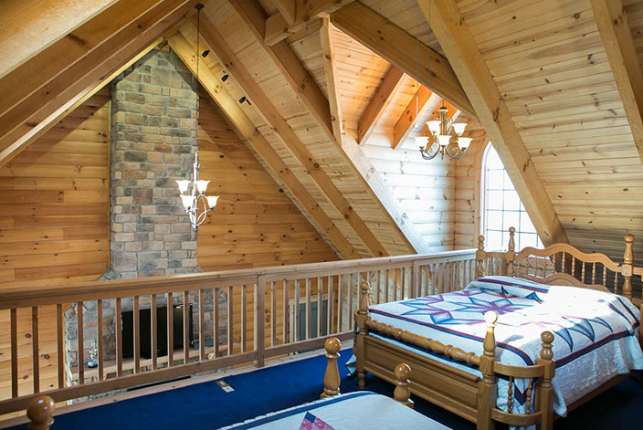 Amish Country Cabins  Stunning Cabin Sleeps Up to 8 in